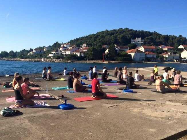 5 Days 25-Hour Dive into Yin Yoga Teacher Training in Iž, Croatia