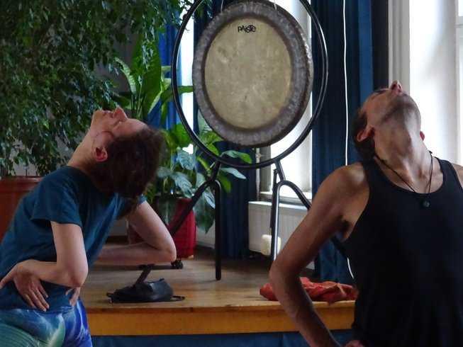 22 Days 200 Hour Tantra Yoga Shamanism Teacher Training In Germany Om Spirit