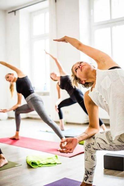 Y4ALL – Yoga & Pilates