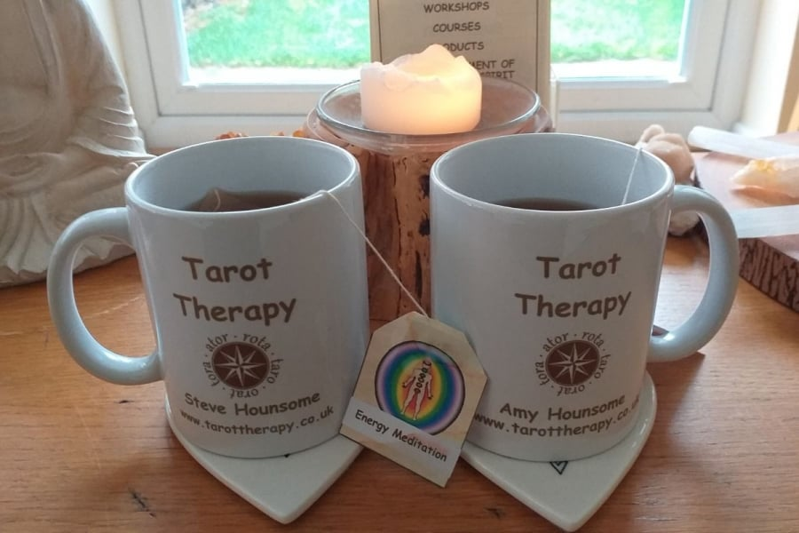 2 tea mugs on a table describing the Virtual Energy Body Meditation Event with Steve Hounsome.